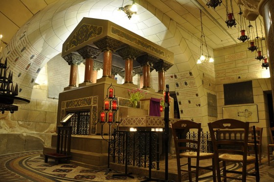 Tomb of Saint Martin of Tours in the crypt of the basilica